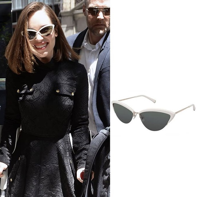 111b77ca3acdb Emilia Clarke WEARING KATE YOUNG FOR TURA K504 ALLY